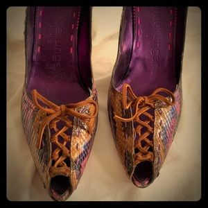 Vintage Emanuel Ungaro snakeskin peeptoe heel sz10
